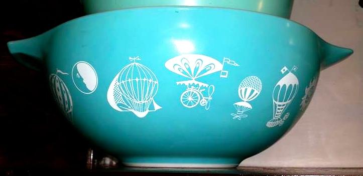 Vintage Pyrex Balloons Mixing Bowl