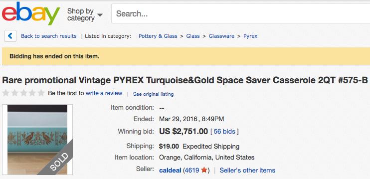 Vintage Pyrex Space Saver