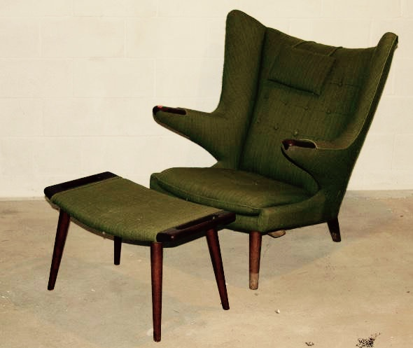 This comfy stunner is one of designer Hans Wegner's most famous designs, known as the  ___ Chair.