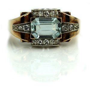 Vintage Engagement Rings_1940s Retro Aquaremarine Ring