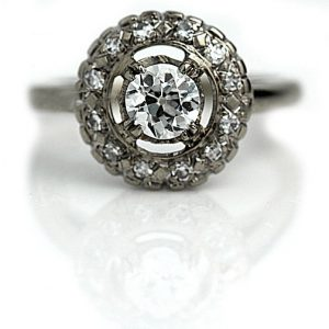 Vintage Engagement Rings_Vintage Halo Setting