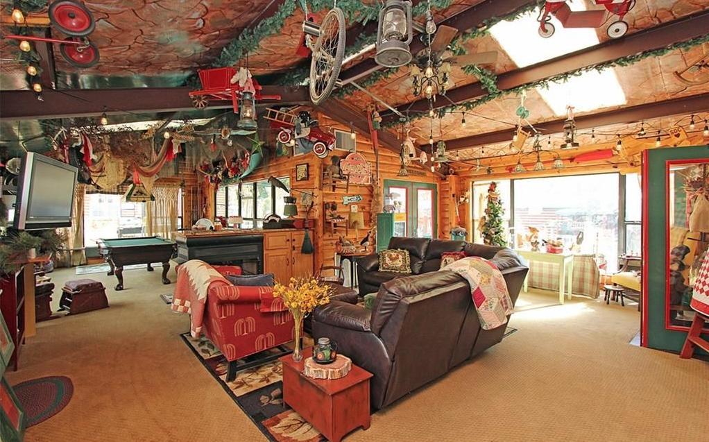 Edmond Oklahoma Estate Sale_GreatRoom