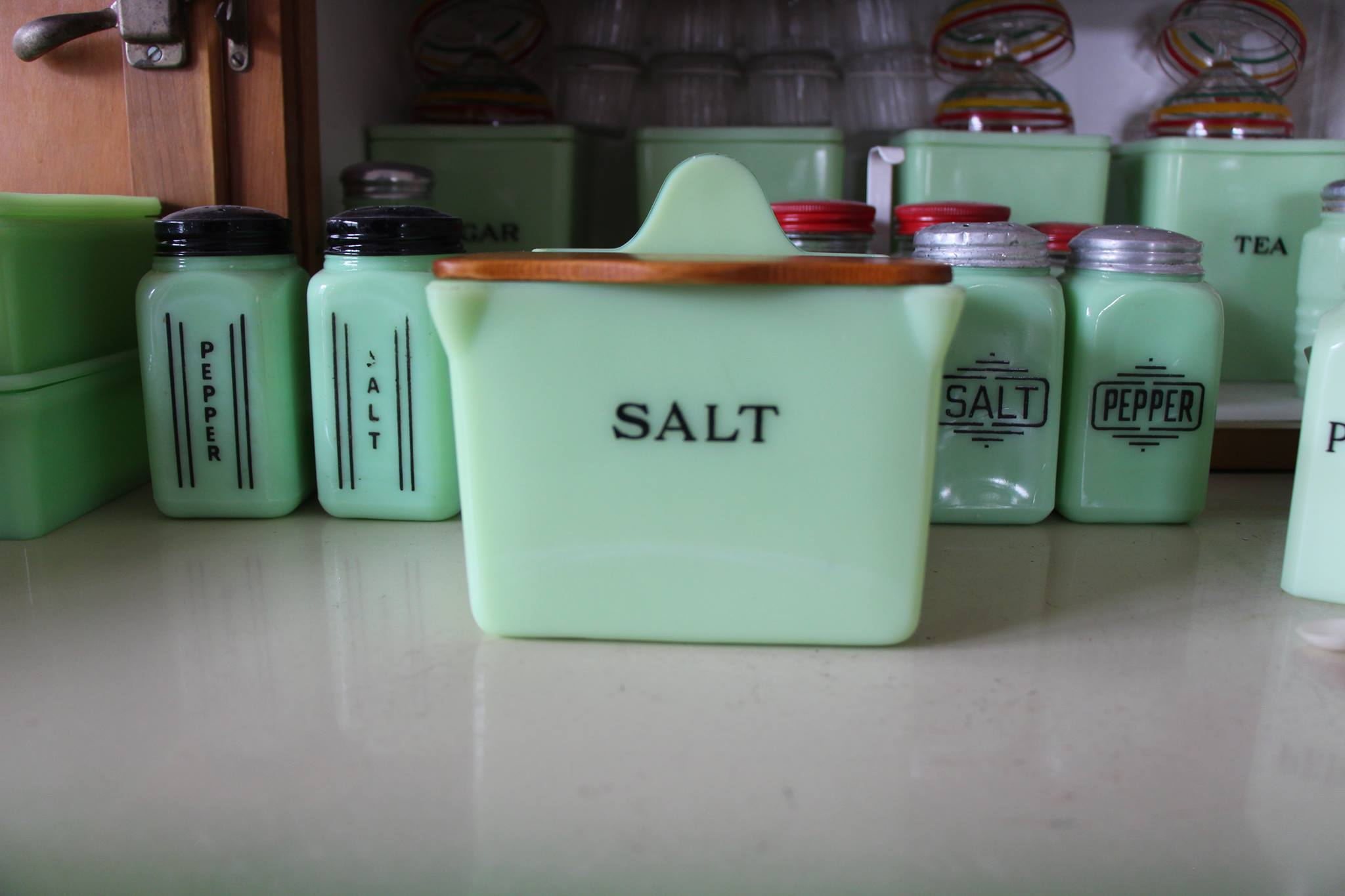 Jeanette Jadeite Salt Box