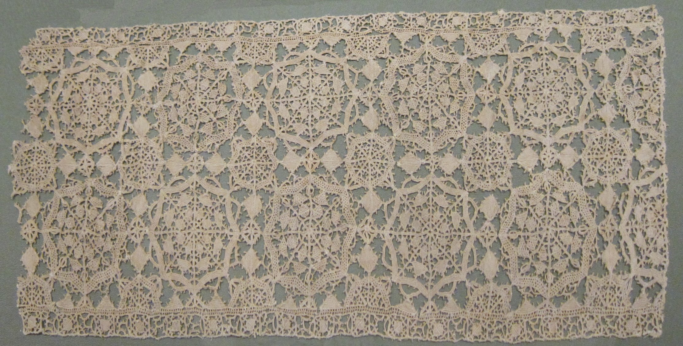 Italian needlepoint lace