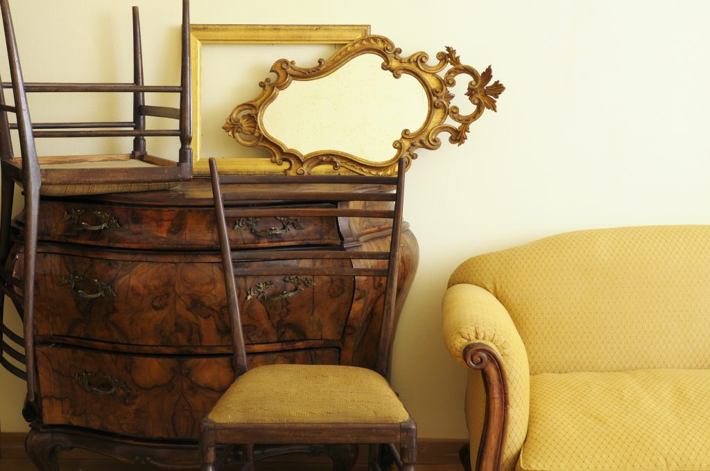 Estate Sales – What Are They & Why You Might Want To Go To One